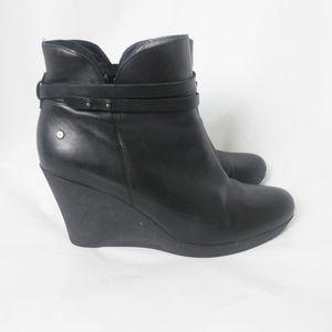 UGG Platform Ankle Boots # F8714G Size : 11